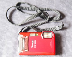 Olympus Tough TG820 Waterproof/Shockproof Digital Compact Camera