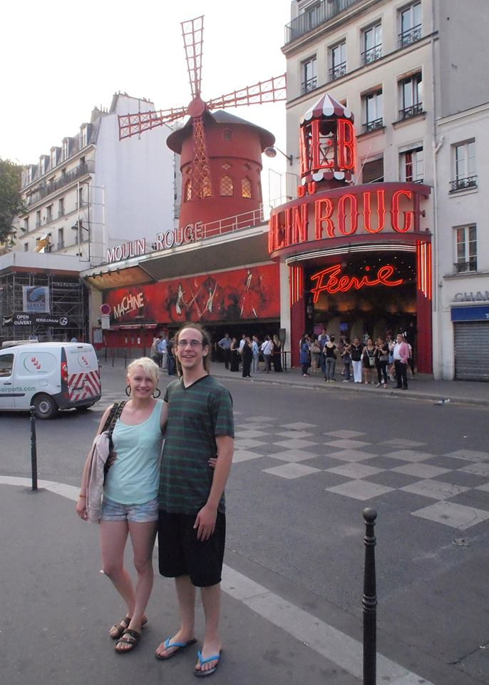 Liz and Adam in front of the Moulin Rouge
