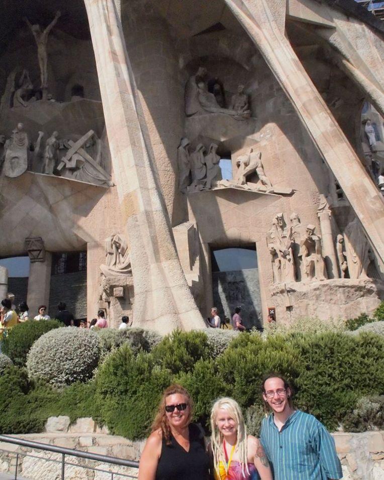 Tracy, Liz, and Adam in front of Sagrada Familia
