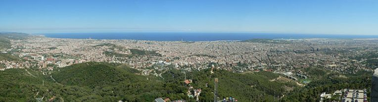 A panoramic view of Barcelona (Wikimedia Commons)