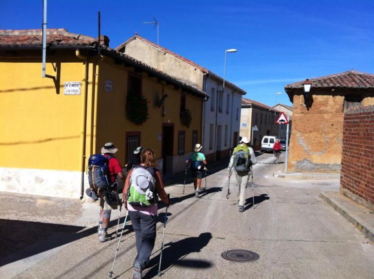 Entering Reliegos