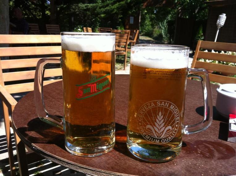 Enjoying the beer garden at Hotel Jakue in Puenta la Reina