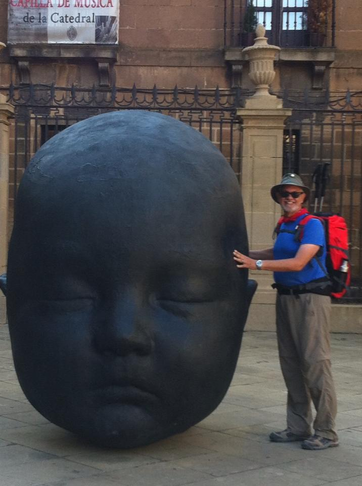 Alan and the weird baby heads at the Cathedral in Pamplona