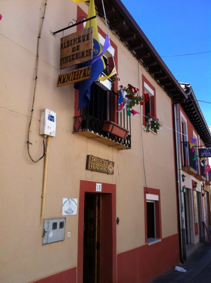 Our albergue in Mansilla de las Mulas