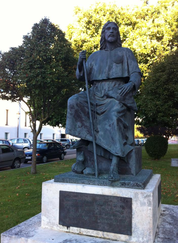 Pilgrim sculpture, El Parral Parque, Burgos