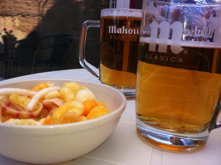 Beer and snacks, Bercianos del Real Camino