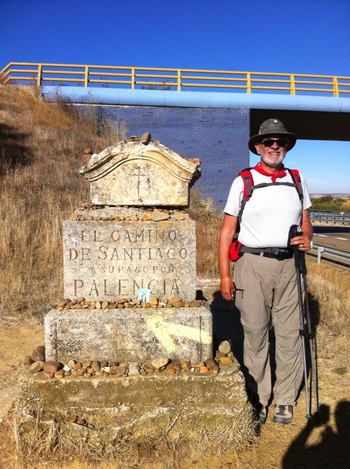 Alan at a Palencia province marker near Sahagun