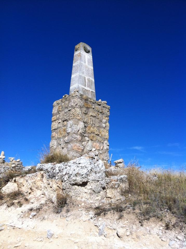 """Pilgrim marker at the top of """"Liar's Hill"""""""