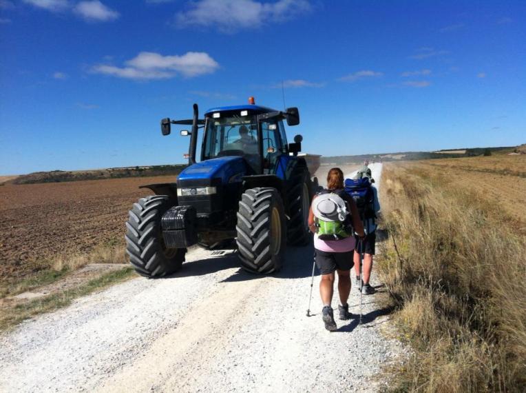 Walking around the big tractor Caldadilla de la Cueza