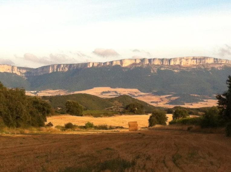 View of escarpment near Azqueta, from the trail