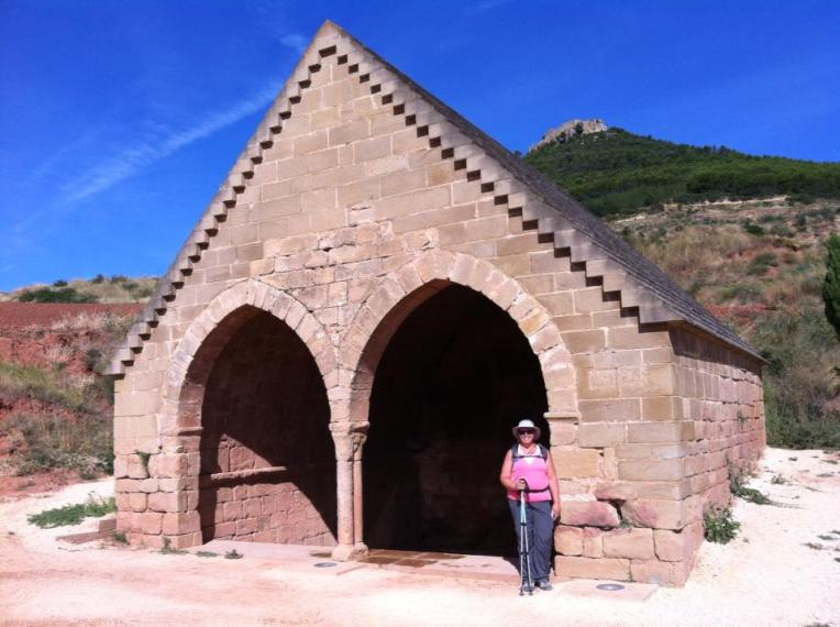 Tracy at Fuente de Los Moros, 13th century, near Azqueta