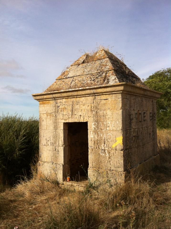 Old pump house along the Canal de Castilla