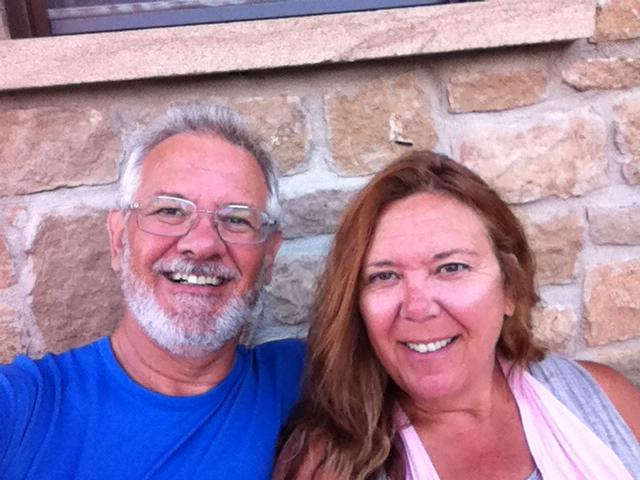 Alan and Tracy outside their albergue in Villamayor de Monjardin
