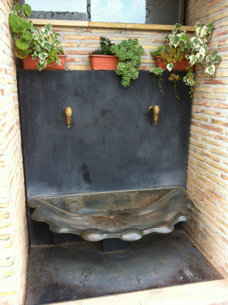 Fountain outside of the San Saturnino, our albergue in Ventosa