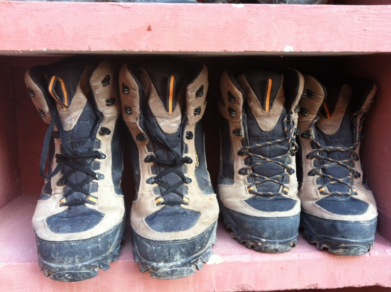 Boot rack at the albergue in Belarado