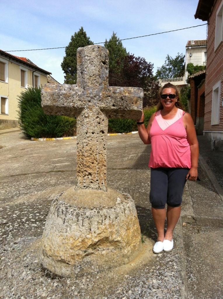 Tracy with pilgrim monument in Población de Campos