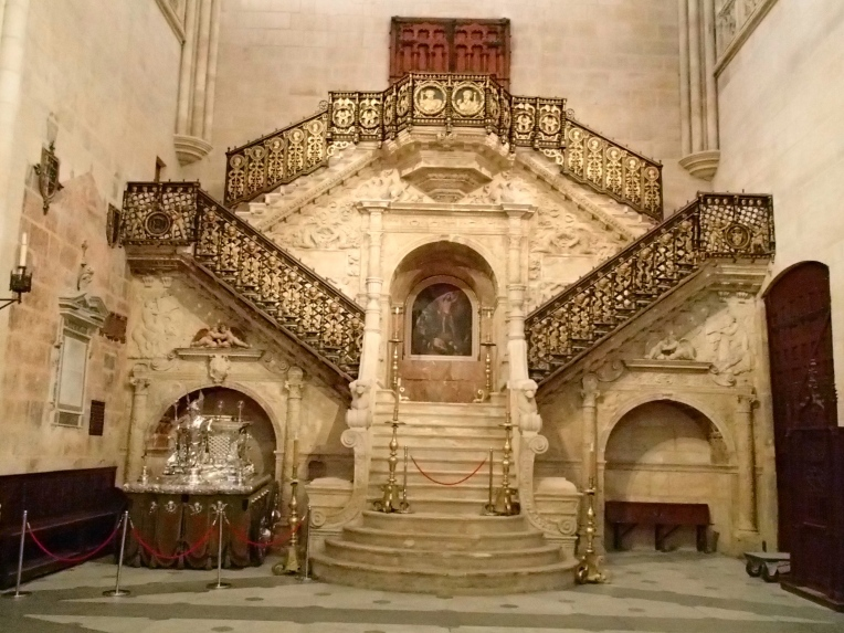 Bishop's Entrance, staircase in the 13th century, gothic Cathedral de Santa Maria, Burgos