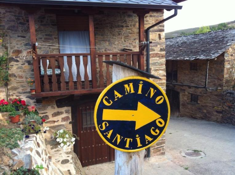 Camino marker Riego de Ambrós