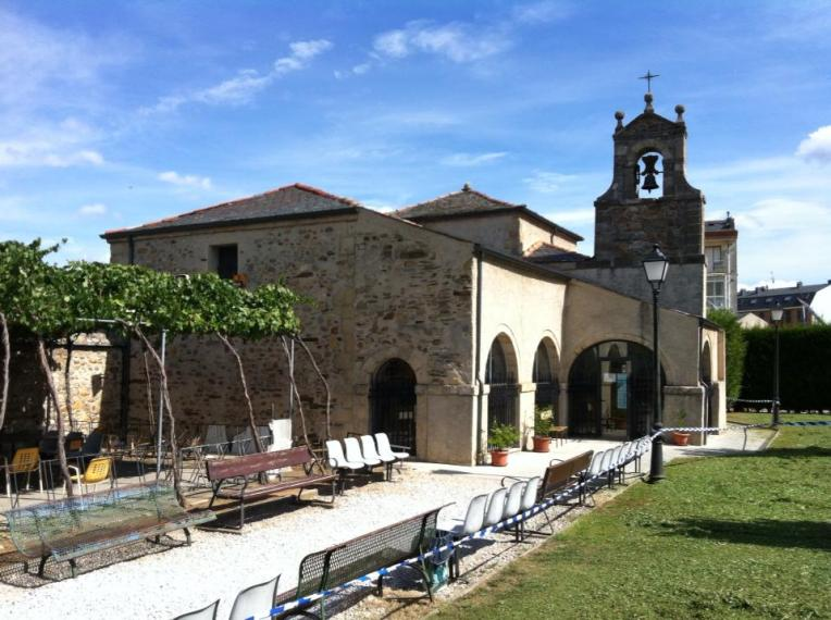 Church of San Nicolás at the albergue in Ponferrada