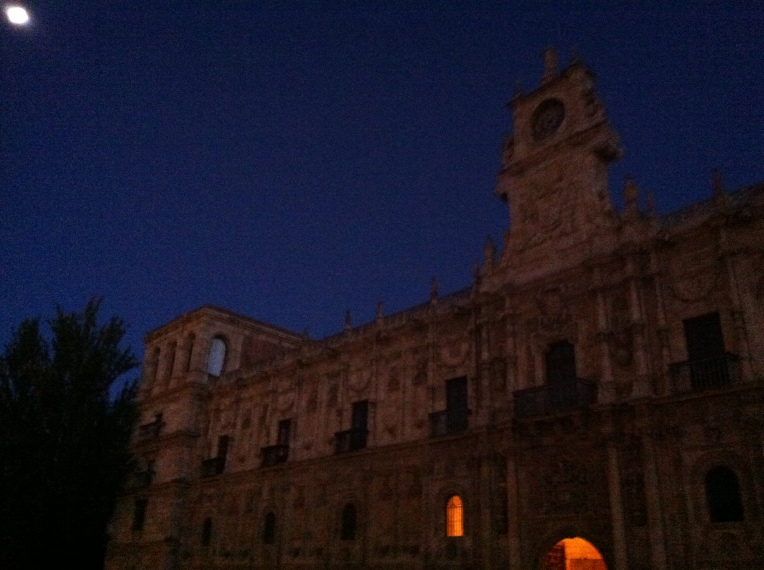 Parador, 12th century, once a pilgrim hospital and headquarters of the Nights of the Order of Santiago, León