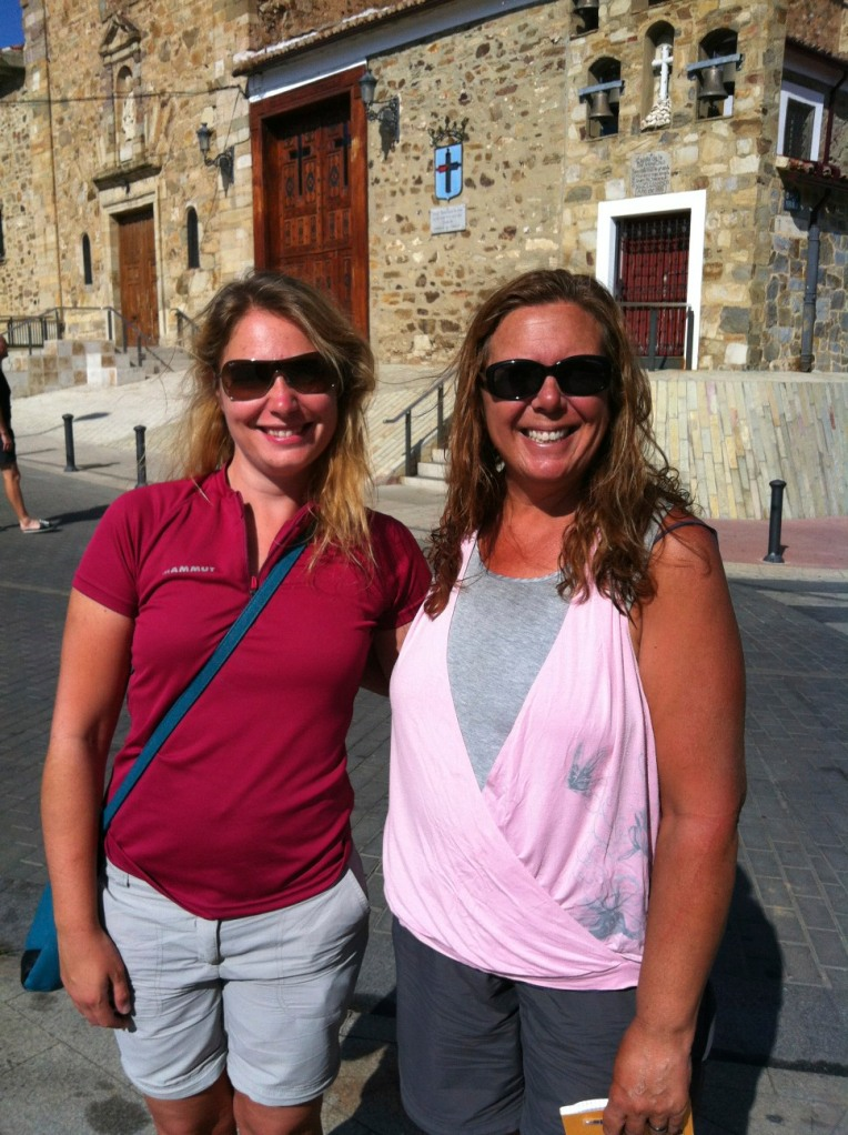 Tracy with Julie (Germany) outside the albergue in Astorga