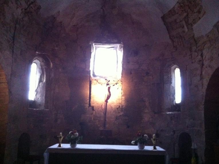 Interior of Iglesia Santa Maria, 12th century, Romanesque, in Rabanal del Camino