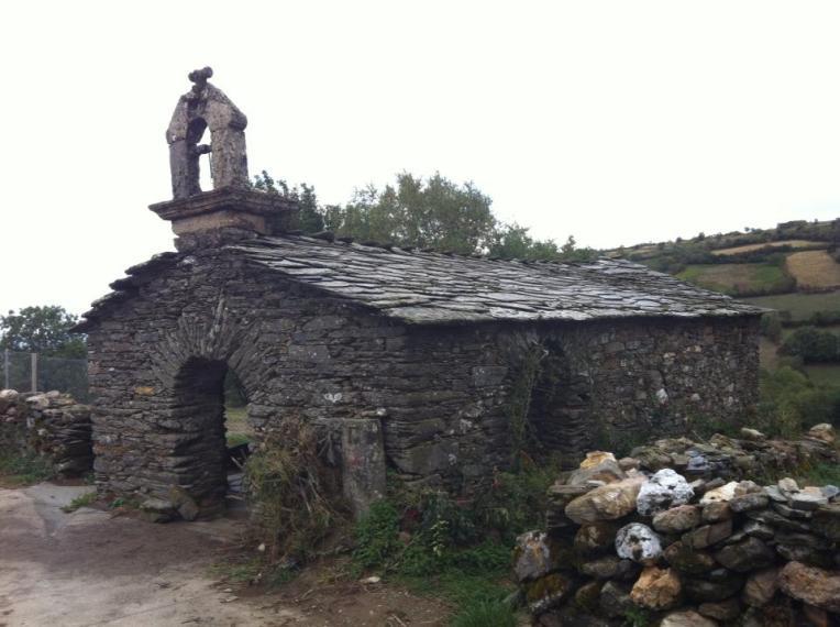 Iglesia San Esteban, outside O'Cebreiro