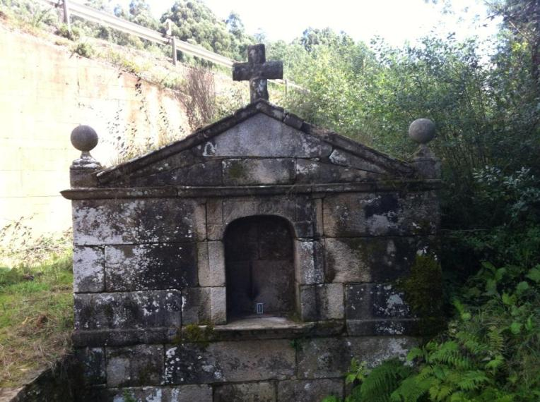 Small chapel or mausoleum?