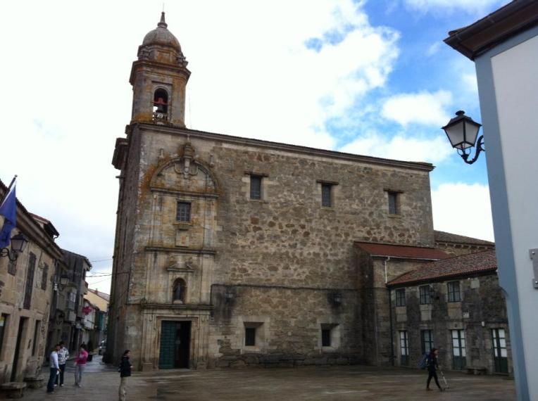Igrexa Santiago, Boente