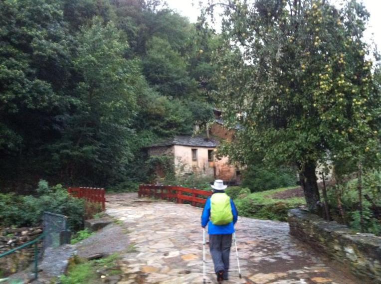 Tracy entering the outskirts of Sarria