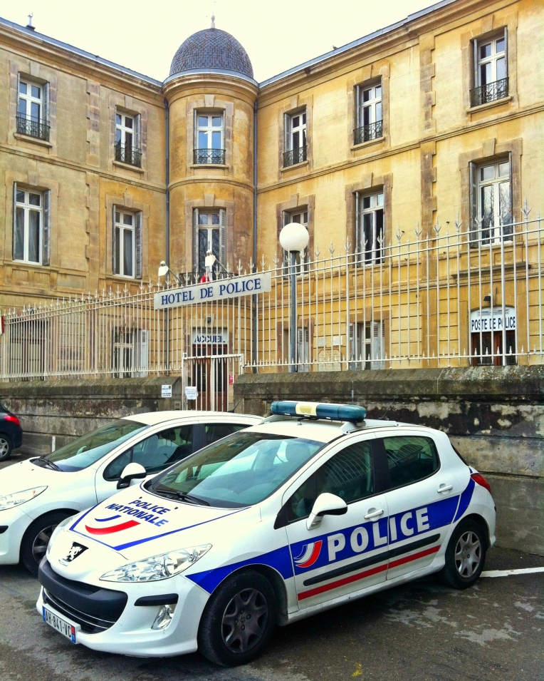 Hôtel de Police de Carcassonne (Police Nationale headquarters) on Boulevard Barbès.