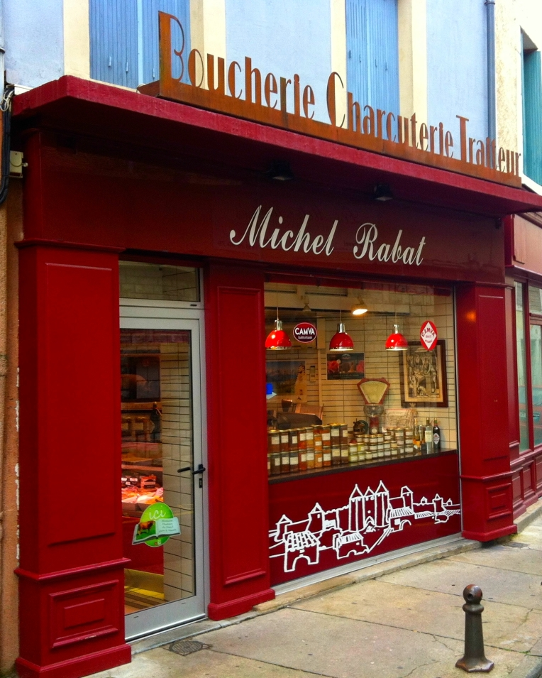Michele Rabat artisan boucherie charcutier traiteur (butcher shop) at the end of our block on Rue du Pont Vieux.