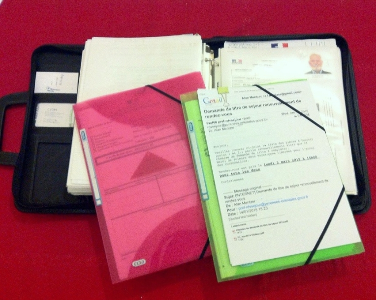 Carte de Sejour Renewal Paperwork with our mobile file of personal documents