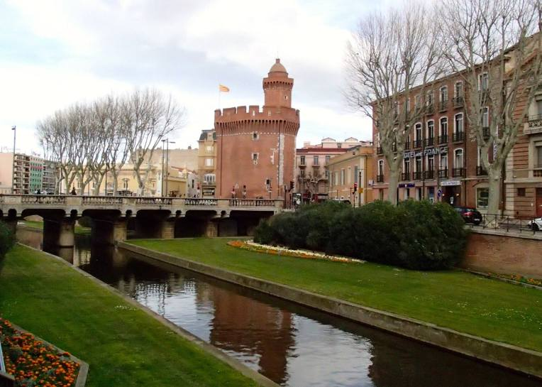 The Bassa river and the Castillet in Perpignan