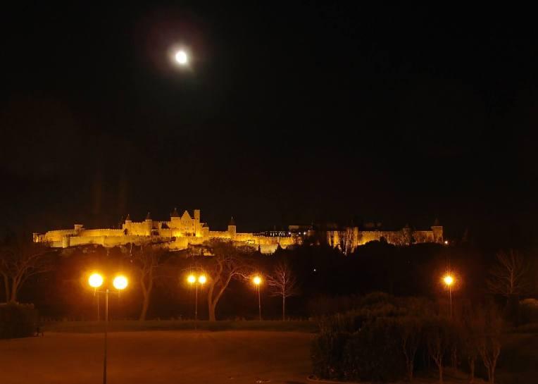 Full moon over the Cité de Carcassonne seen rom the Quai Bellevue.