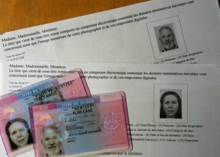 Carte de Séjour and Receipts