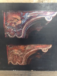 Images of painted ceiling capitals