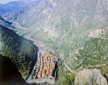 Photo of an aerial shot showing both the village and the fort
